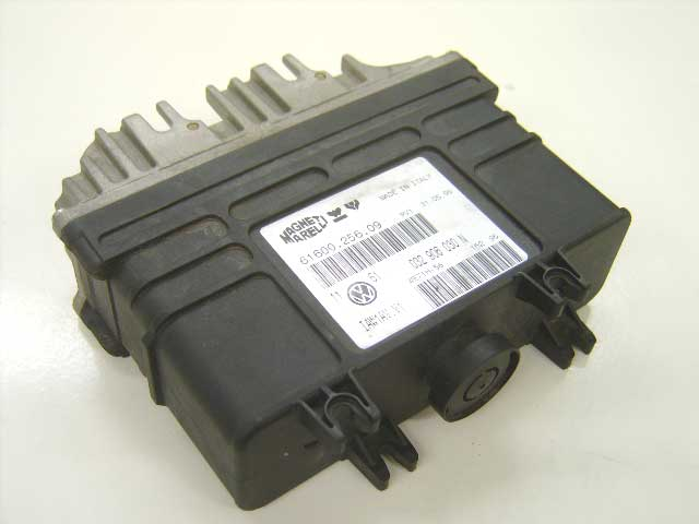 ECU 032906030n VW Golf 3 1.6